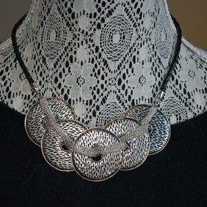 Premier Designs Common Thread Necklace